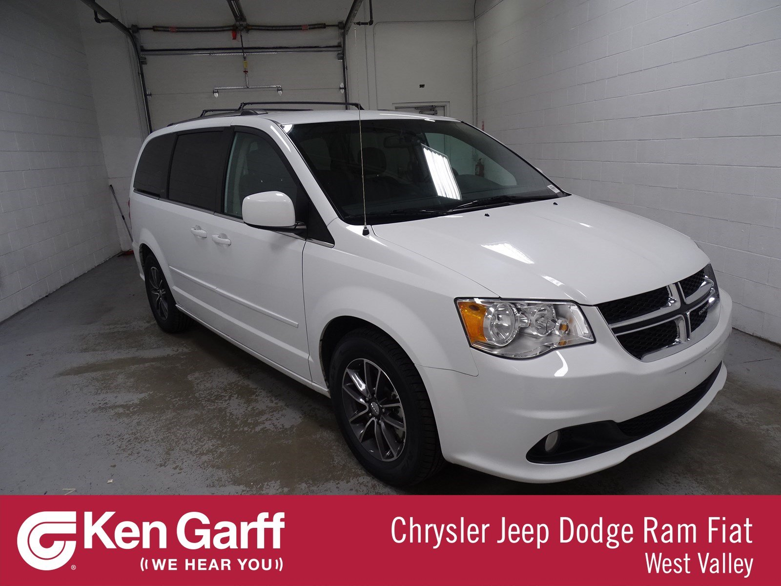 Certified Pre-Owned 2017 Dodge Grand Caravan SXT