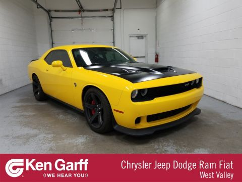 Pre-Owned 2017 Dodge Challenger SRT Hellcat
